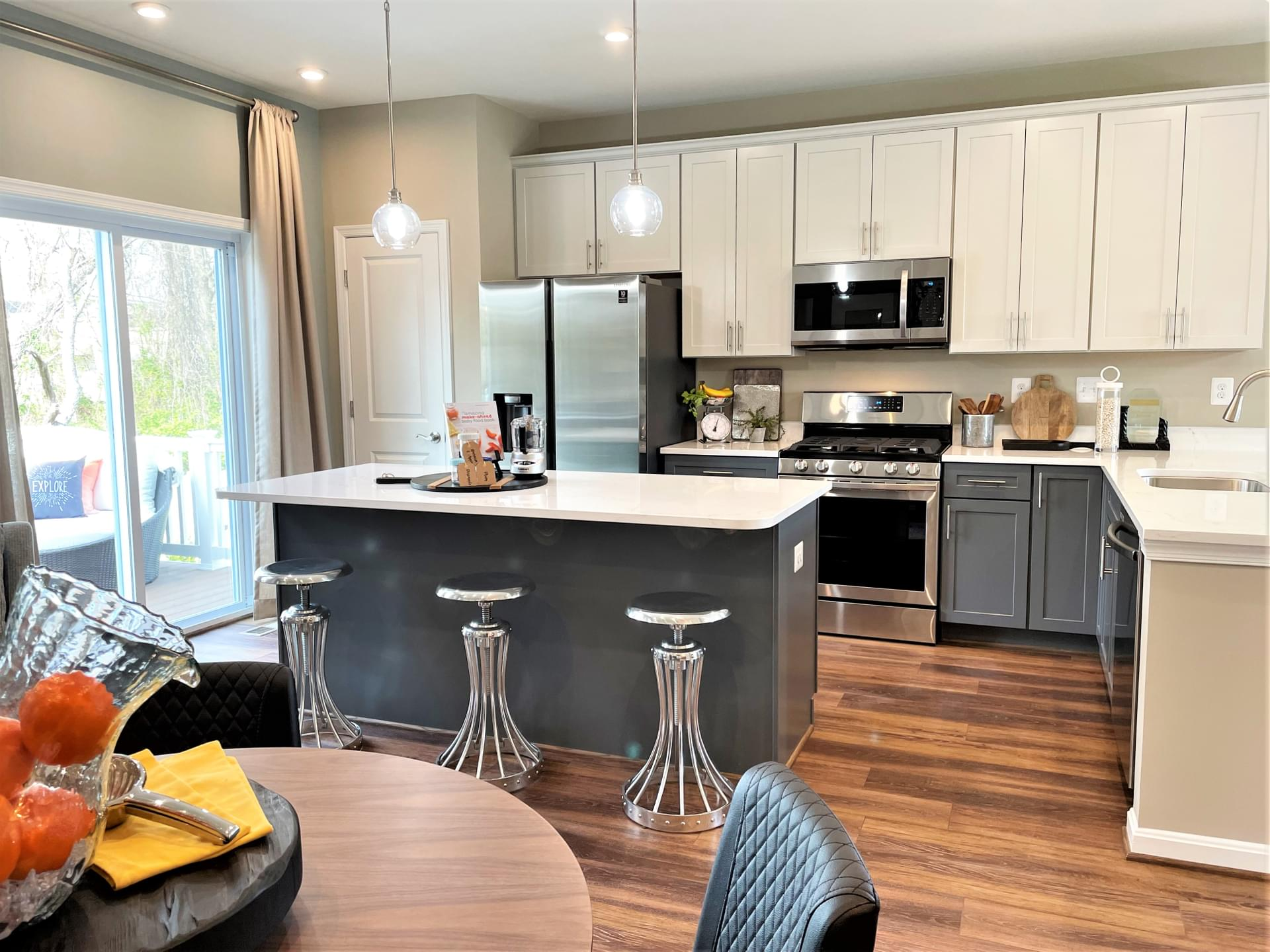 Custom Home Towns At Parke West